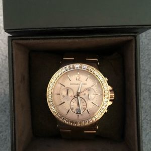 Michale Kors rose gold watch